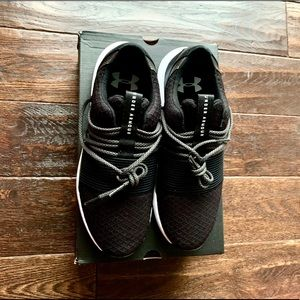 Underarmour Breathe Lace Sneakers